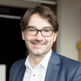 Referent: Nikolaus Förster